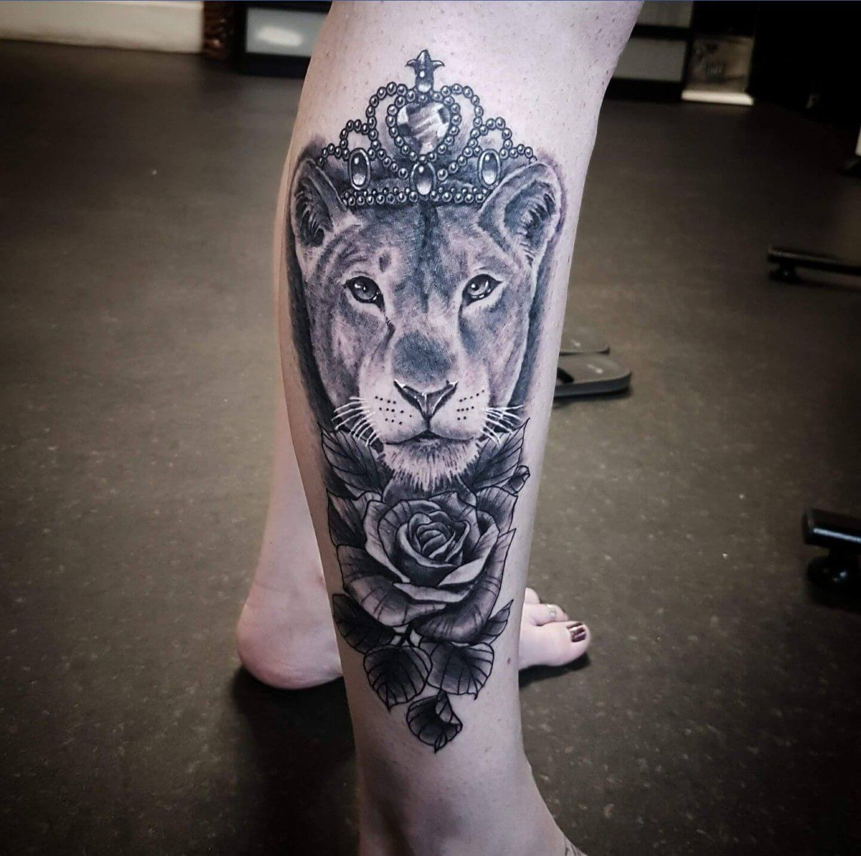 15 Best Lion Tattoo Designs For Women Petpress
